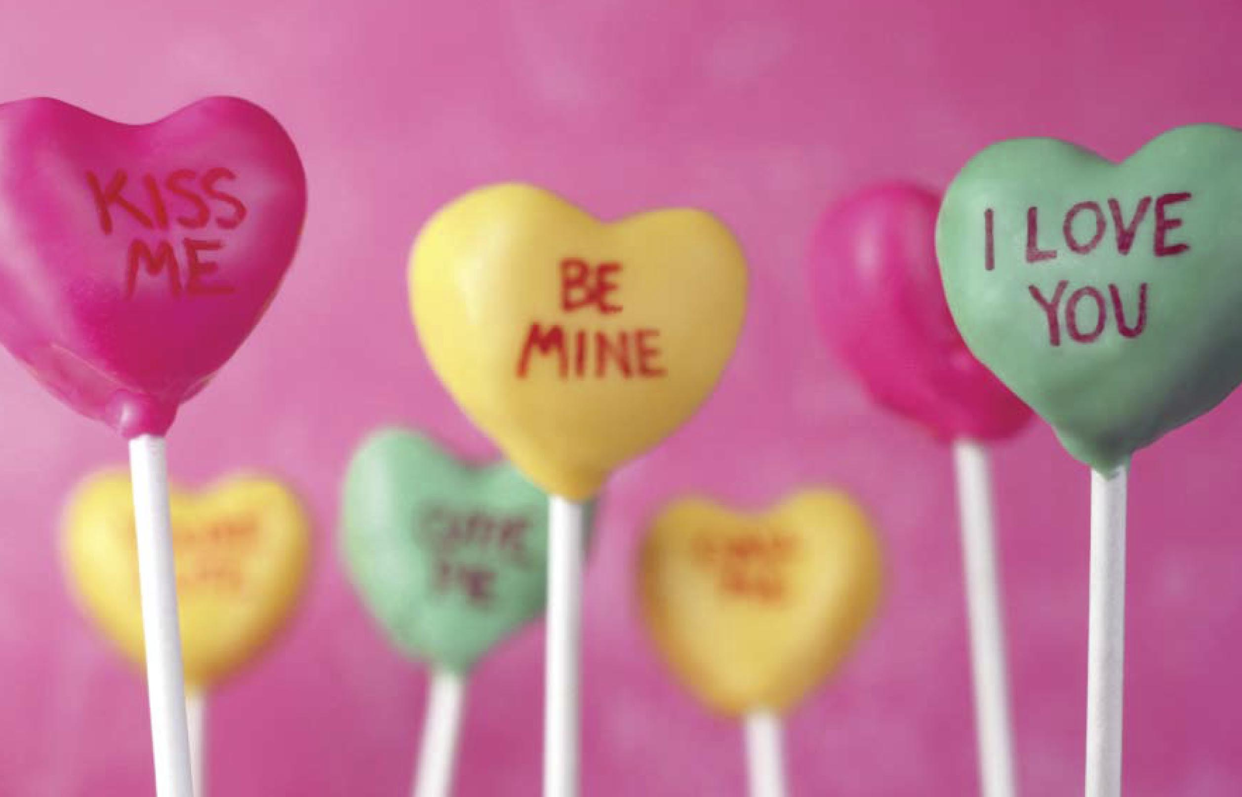 Give your loved one cake pops for Valentine's Day!